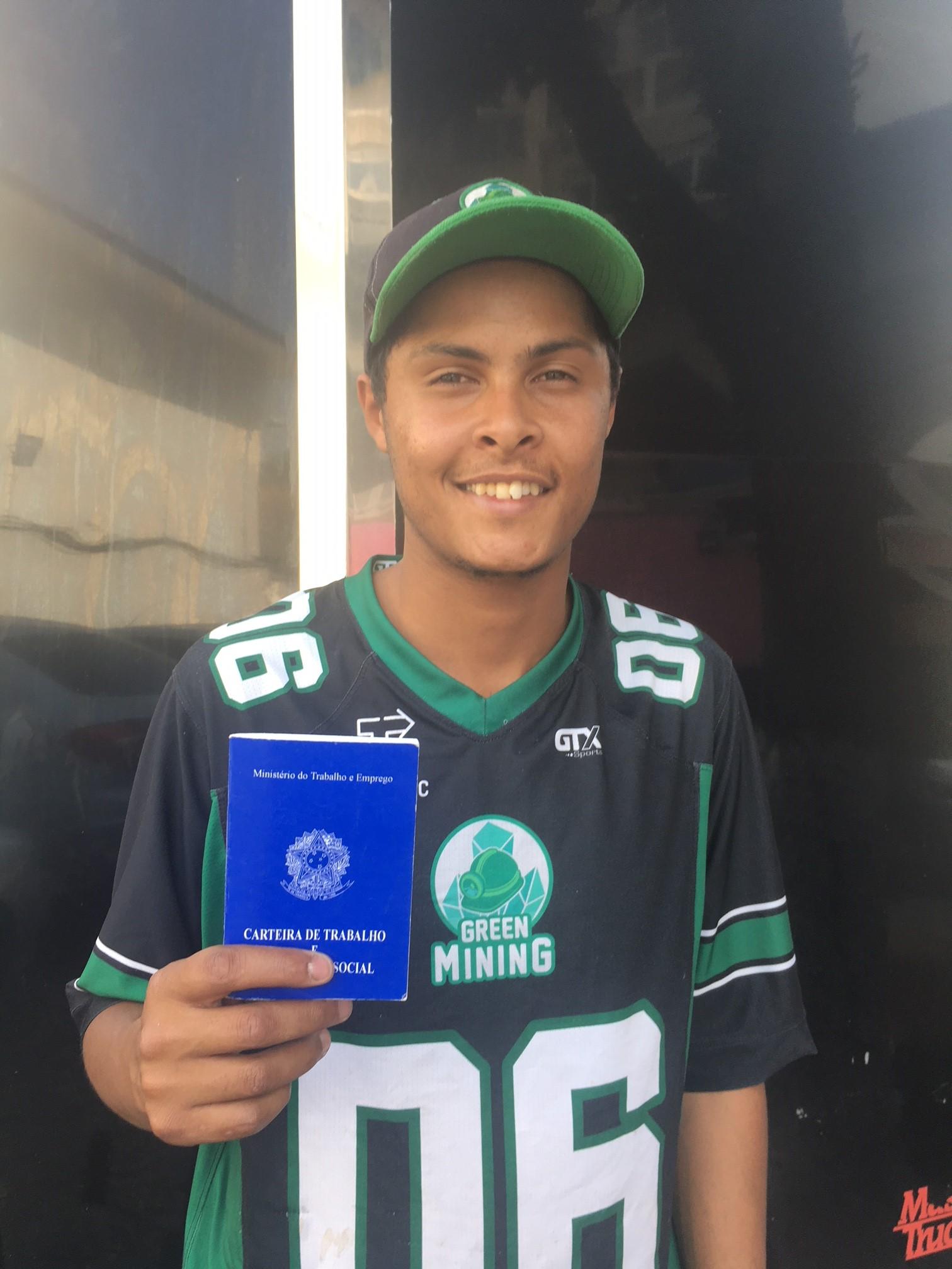 O jovem <strong>Renan Pereira Mattos</strong> está na Green Mining desde dezembro de 2018 e faz faculdade de Ciências Contábeis no período noturno.
