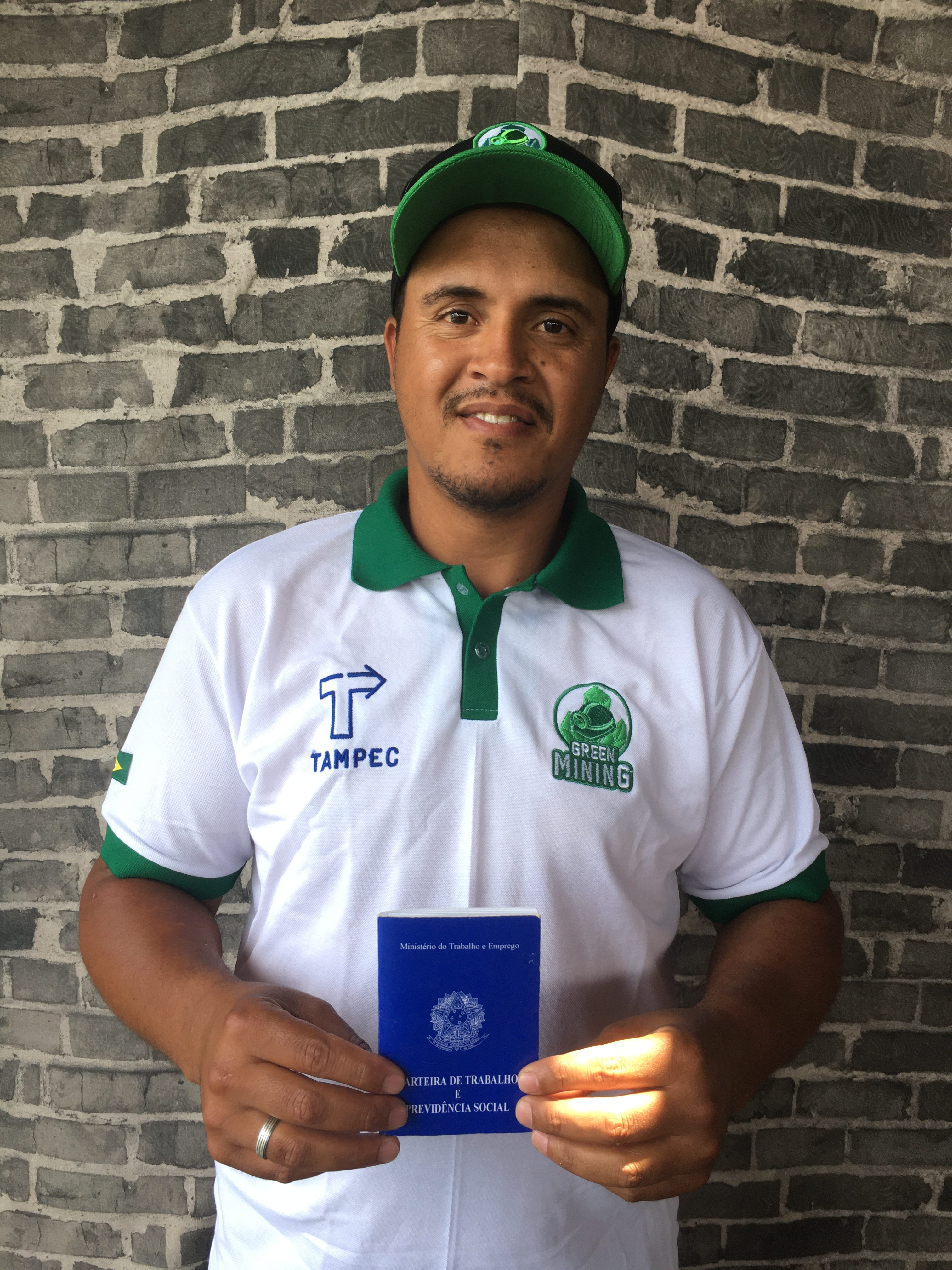 <strong>Cleber da Silva</strong> works at Green Mining from the start and has been promoted from collector to supervisor.