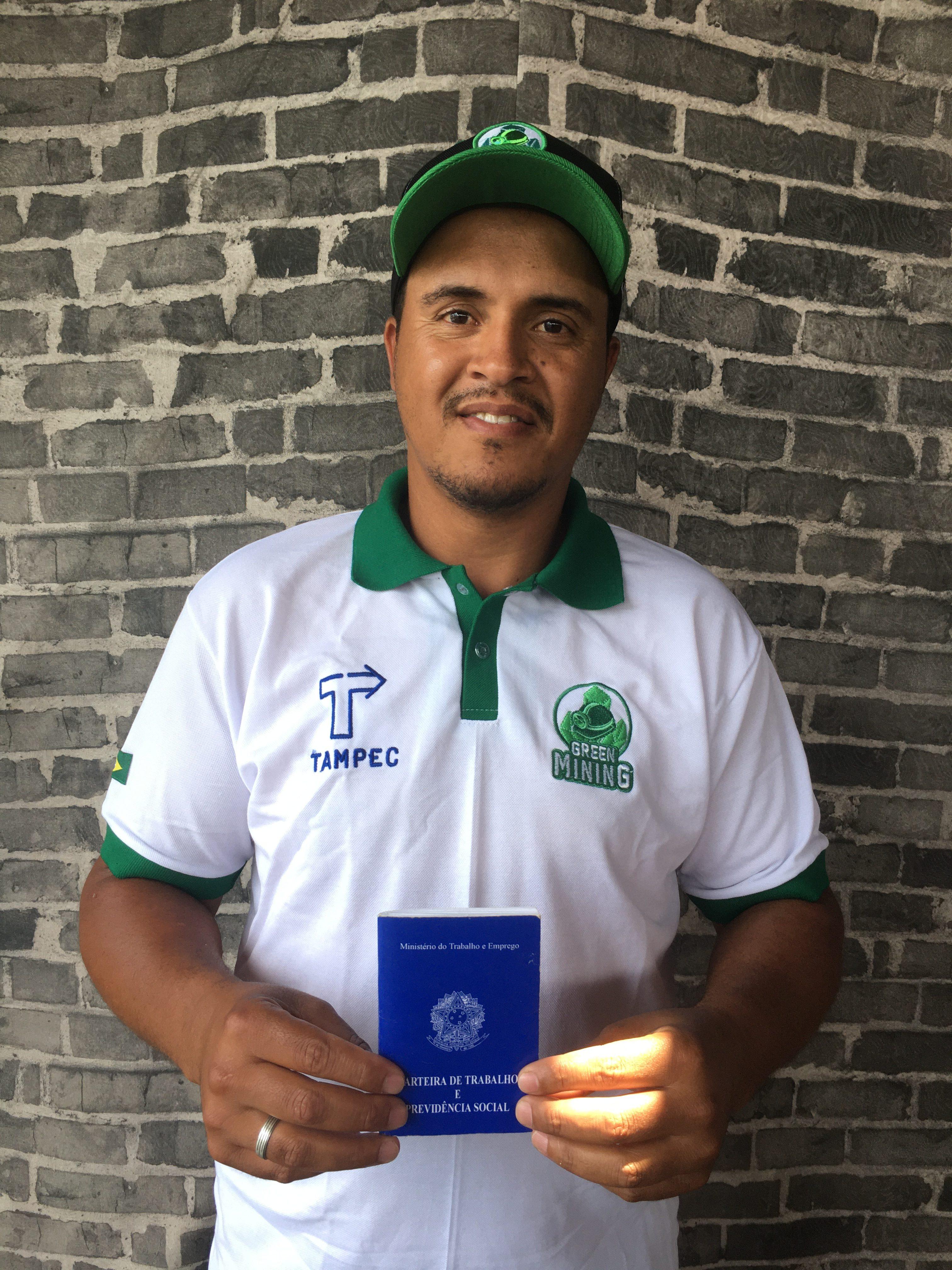 <strong>Cleber da Silva</strong> está na Green Mining desde o início e foi promovido de coletor para supervisor.